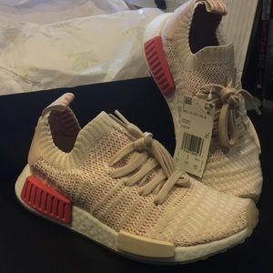 NMD_R1 Shoes - Pink - Adidas